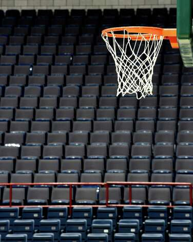 The main basketball court at the Times Union Center is readied for the Albany Cup game between SUNY Albany and Siena Friday afternoon Dec. 12, 2014 in Albany, N.Y.    (Skip Dickstein/Times Union) Photo: SKIP DICKSTEIN / 00029828A