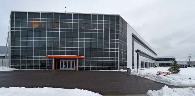 Exterior view of Global Foundries Admin 2 building Friday morning Dec. 12, 2014 in Malta, N.Y.     (Skip Dickstein/Times Union) Photo: SKIP DICKSTEIN / 00029826A