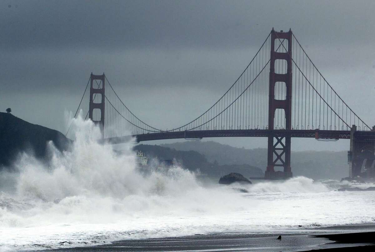 Baker Beach  1959: Treading water, Unprovoked fatal