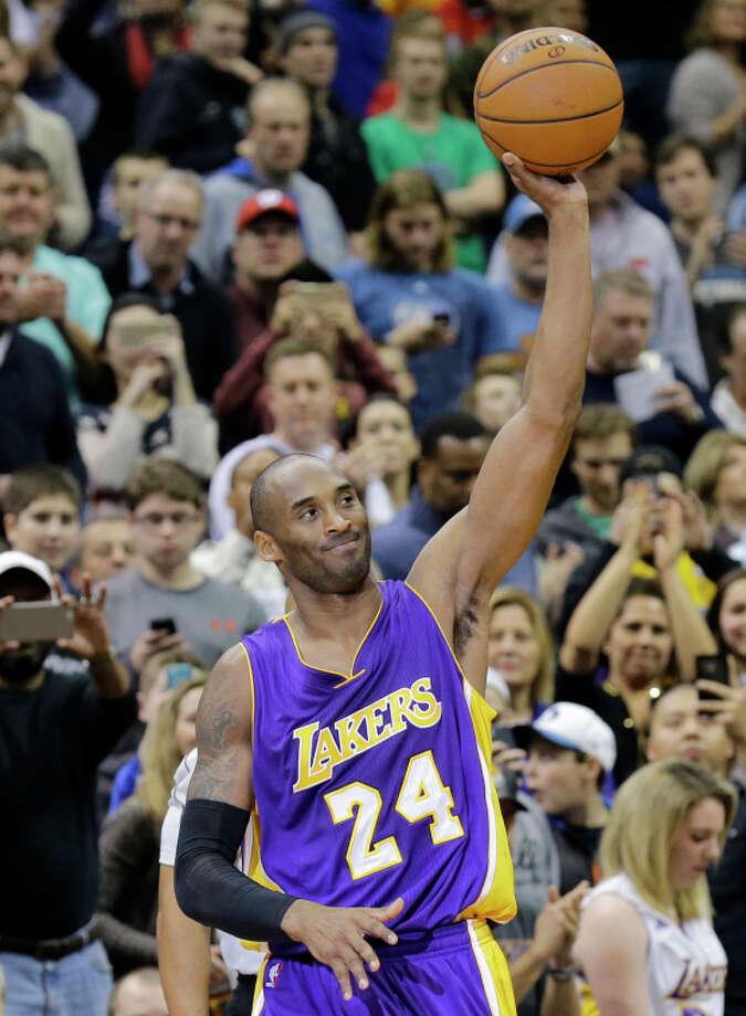 Kobe Bryant's 26 points moved him past of Michael Jordan in scoring. Photo: Ann Heisenfelt / Associated Press / FR13069 AP