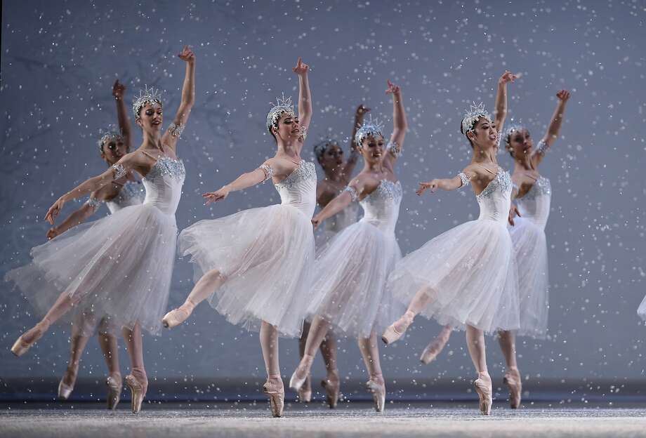 San Francisco Ballet in Tomasson's Nutcracker. Photo: Erik Tomasson
