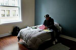 Season of Sharing: New home marks new start for S.F. veterans - Photo