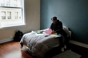 Season of Sharing: New home marks new start for S.F. veterans - Photo