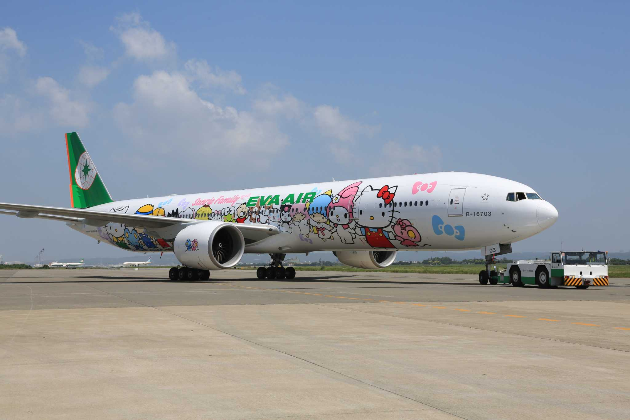 c2b986c2e Hello Kitty characters to take flight over Houston - Houston Chronicle