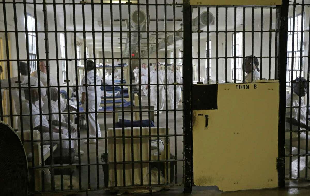 Inmates by race Black: 64,920, 34.5 percent Hispanic: 62,312, 33.2 percent White: 59,746, 31.8 percent Source:Texas Tribune