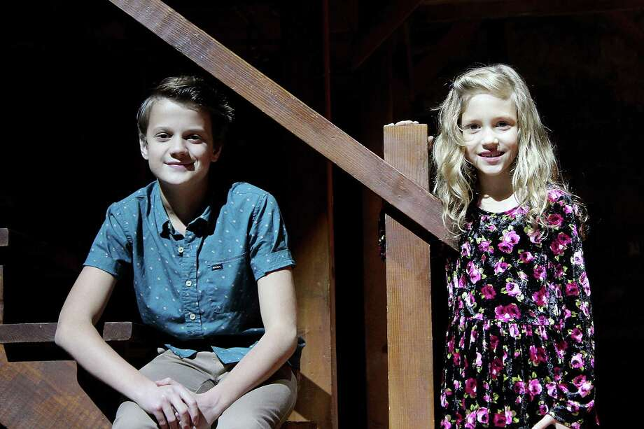 Young actors have blast in Alley's 'Carol' - Houston Chronicle