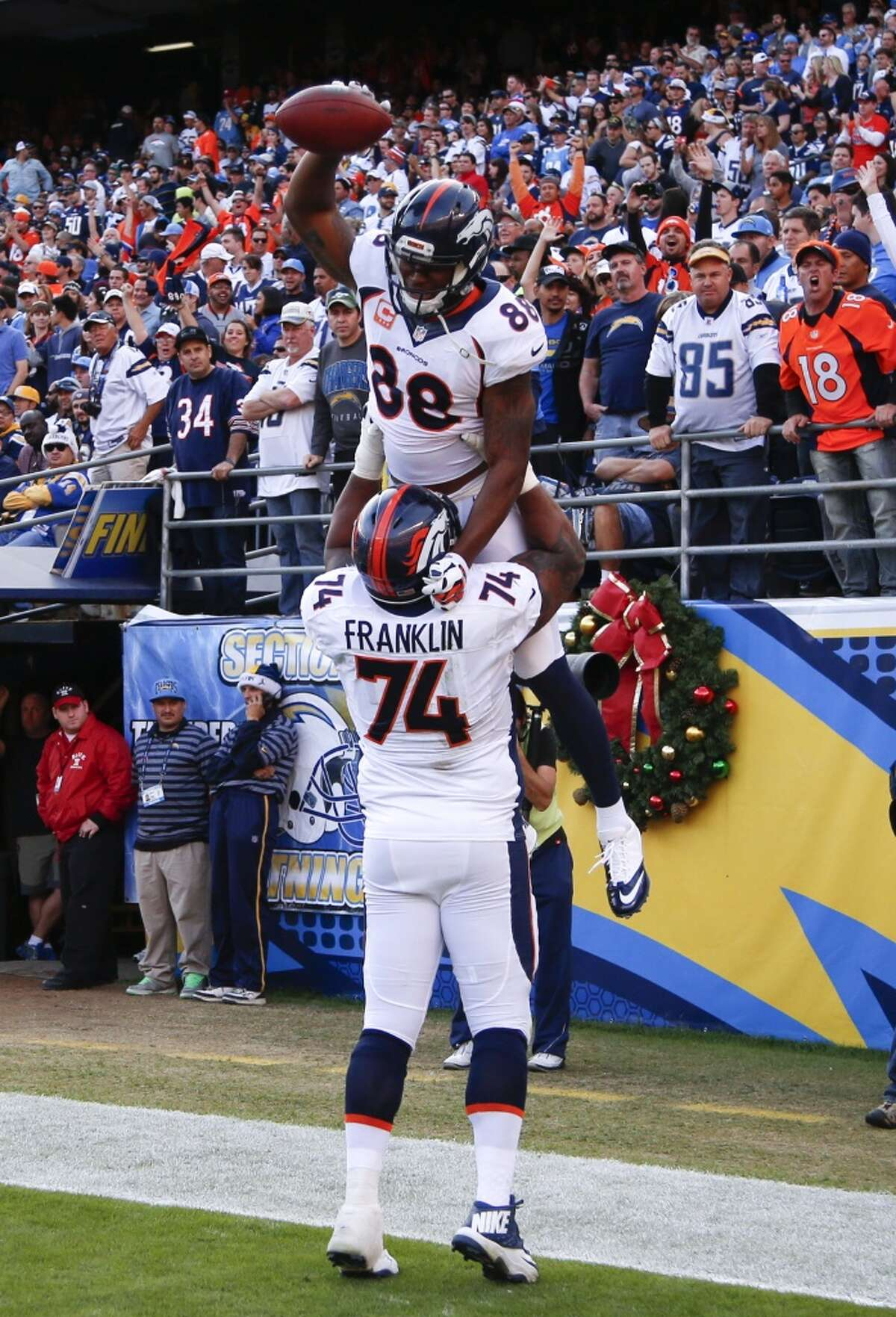 #2. Denver Broncos (11-3) Last week: #3 The Broncos' 22-10 victory at San Diego is another indication they're no longer piling up points. They've scored 39, 29, 24 and 22 in a four-game winning streak.