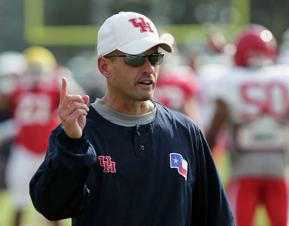 David Gibbs wants to remain UH's defensive coordinator. Photo: James Nielsen, Staff / © 2013  Houston Chronicle