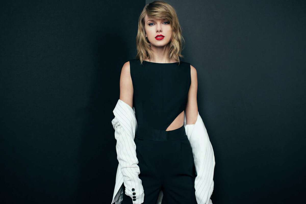 Taylor Swift finally took the pop plunge with