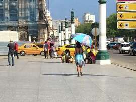 Havana, 10/14. Street in front of the capitol building