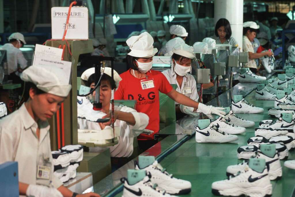 how much do air jordans cost to manufacture