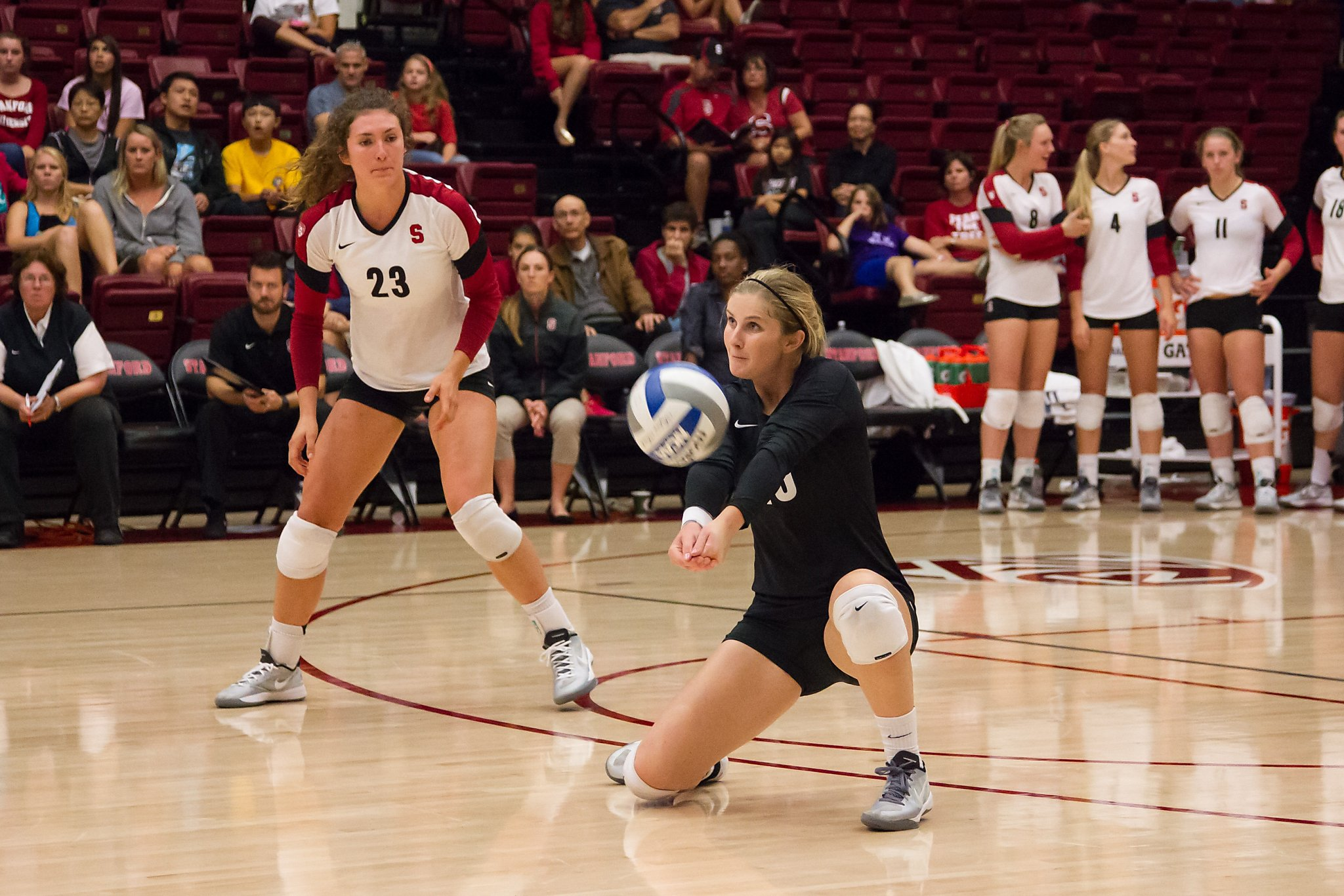 Stanford Women S Volleyball Team Seeks Record 7th National