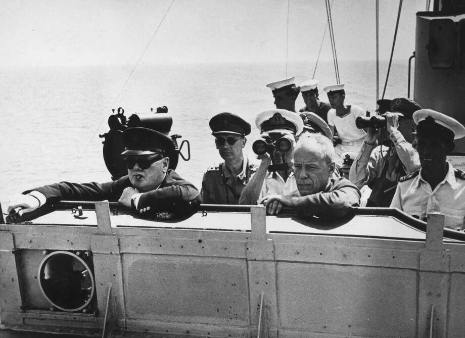 Winston Churchill on the command bridge     Date: 1940-1950 Photo: Rights Managed, Mary Evans/Alinari Archives