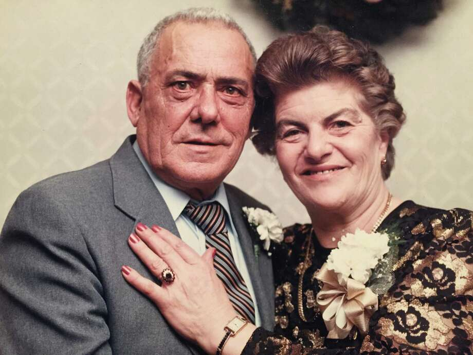 Giuseppe and Livia Fortuna celebrate their 50th anniversary on June 24, 1995. The Stamford couple died within minutes of each other on Saturday at the Smith House nursing home after 69 years of marriage. Photo: Contributed Photo / Stamford Advocate Contributed