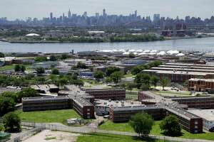 New York sued to speed reforms at violence-plagued jails - Photo