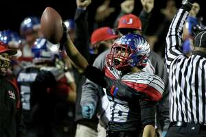 Clayton Valley flew over rough road to get to state bowl - Photo