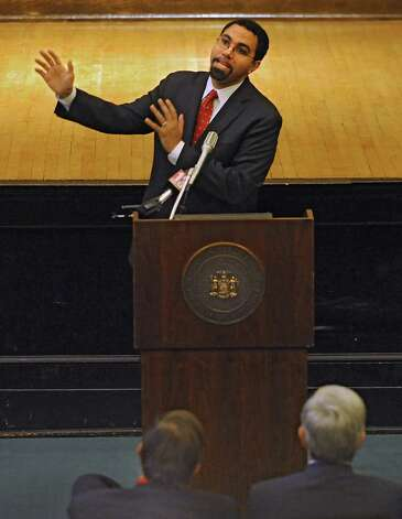 Commissioner John King addresses the New York State Education Department staff at the NYS Education Building on Thursday Dec. 18, 2014 in Albany, N.Y.  King is stepping down to take a highl-level education post with the Obama administration. (Lori Van Buren / Times Union) Photo: Lori Van Buren / 00029919A