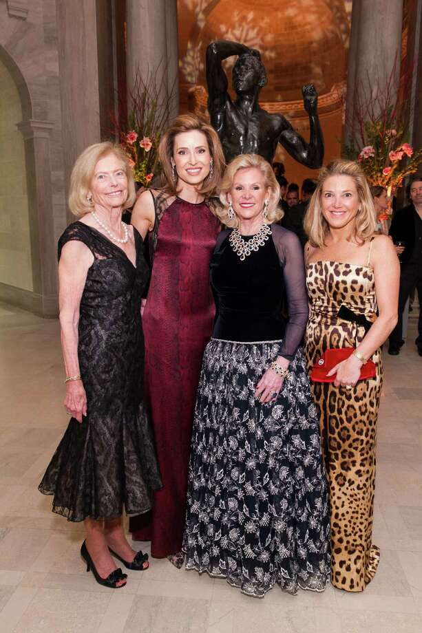 Marion Cope, Kate Harbin Clammer, Dede Wilsey and Kathryn Lasater at FAMSF's An Elegant Evening in the Court of Honor on December 10, 2014. Photo: Claudine Gossett Drew Altizer, Drew Altizer Photography / Drew Altizer Photography