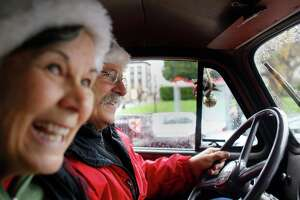 For retired firefighter, driving 'toy truck' a holiday tradition - Photo