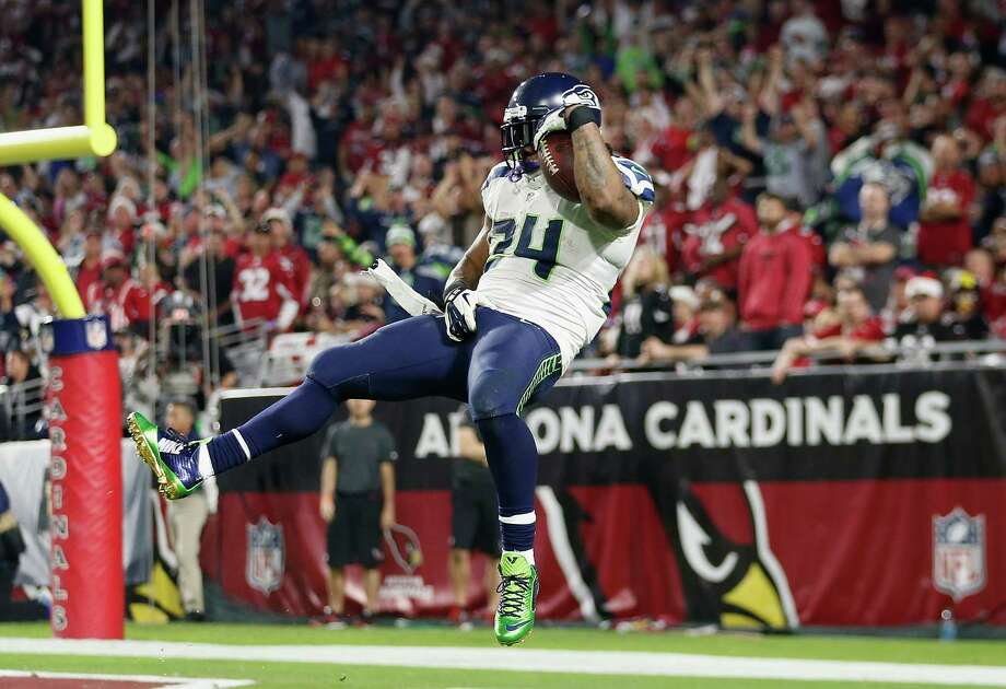 "Seahawks vs Cardinals: The last five timesDec. 21, 2014:Seahawks 35, at Cardinals 6The Seahawks rode a 113-yard, two-touchdown effort from Marshawn Lynch -- which included a little extra emphasis following his 79-yard ""Beast Quake 2.0"" touchdown run in the fourth quarter -- to rip off their fifth-consecutive win and move to 11-4 on the season. Russell Wilson completed 20 of 31 pass attempts for 339 yards and two scores to tight end Luke Willson, while the Hawks defense bottled up a Cardinals attack led by Ryan Lindley and Stepfan Taylor. Photo: Christian Petersen, Getty Images / 2014 Getty Images"