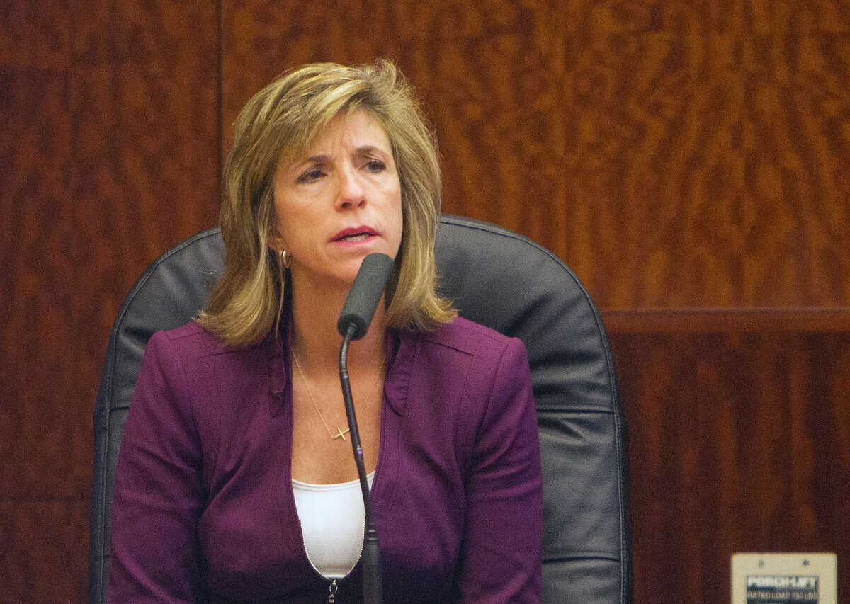 Kelly Siegler testifies during a hearing for a retrial for David Temple at the Ceremonial Courtroom at the Harris County Criminal Courthouse on Monday, Dec. 22.
