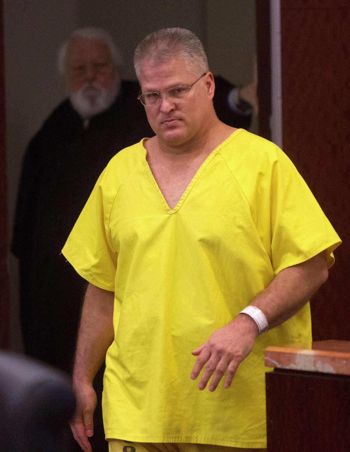 David Temple in court in 2014, seeking a retrial in the 1999 murder of his pregnant wife, Belinda. He was granted a retrial on Wednesday.