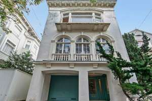 Dilapidated Lake Street triplex gets $1.05 million over asking - Photo
