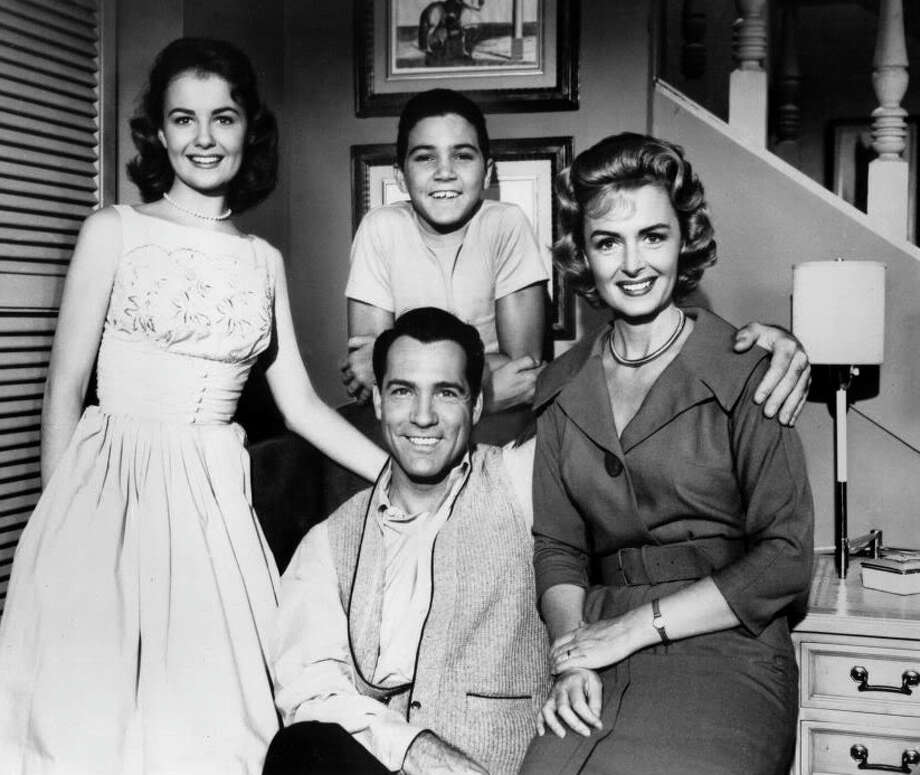 Like '60s TV shows, most holiday newslettessr feature perfect families and achievements by perfect children ---  but not all of them. Photo: Fairfield Citizen/Contributed / Fairfield Citizen