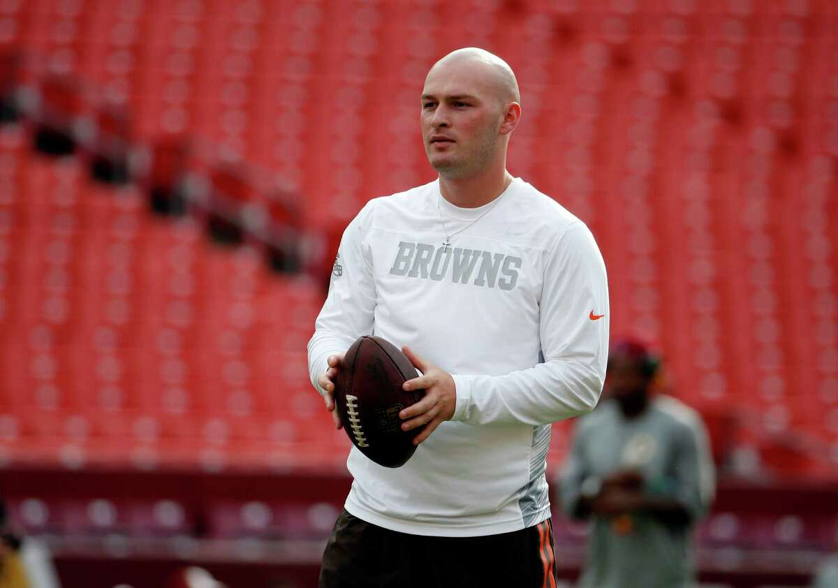 The Texans worked out former Browns and Bears quarterback Connor Shaw on Tuesday.