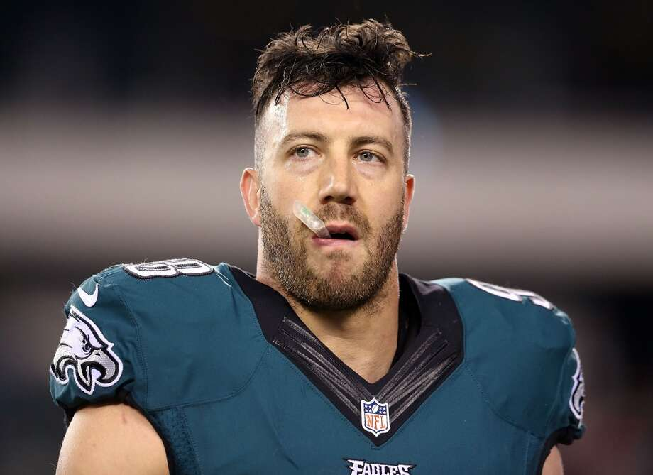 A former Texans second-round draft pick, Connor Barwin played four seasons for the Philadelphia Eagles before being released. Photo: Mitchell Leff, Getty Images