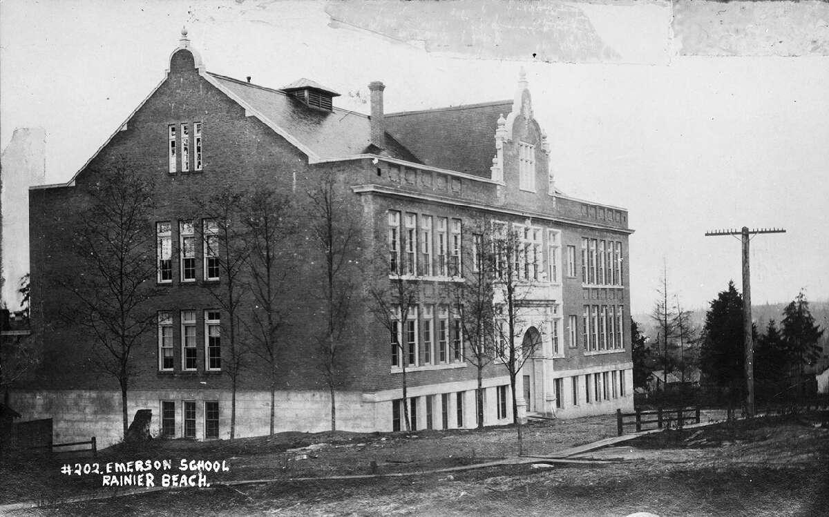 Emerson School, pictured 1910.