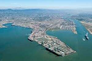 West Coast port jam could open America's backyard to China - Photo