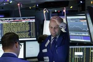 Stock market soars, but few portfolios keep up - Photo