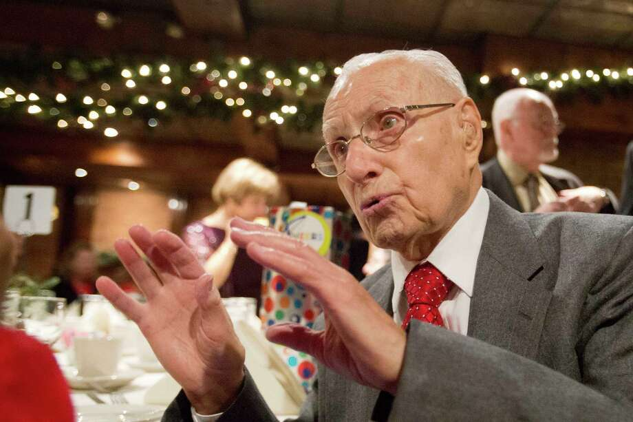 Charlie Ponti at tends a party for retirees in N.Y. Photo: Mark Lennihan / Associated Press / AP