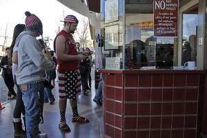 Bay Area moviegoers see 'Interview' as 'patriotic duty' - Photo