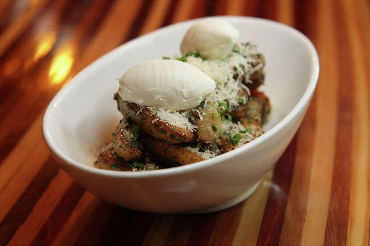 Fingerling potatoes from Beat Street Bistro on Main on Tuesday, Feb. 25, 2014. (Kin Man Hui/San Antonio Express-News)
