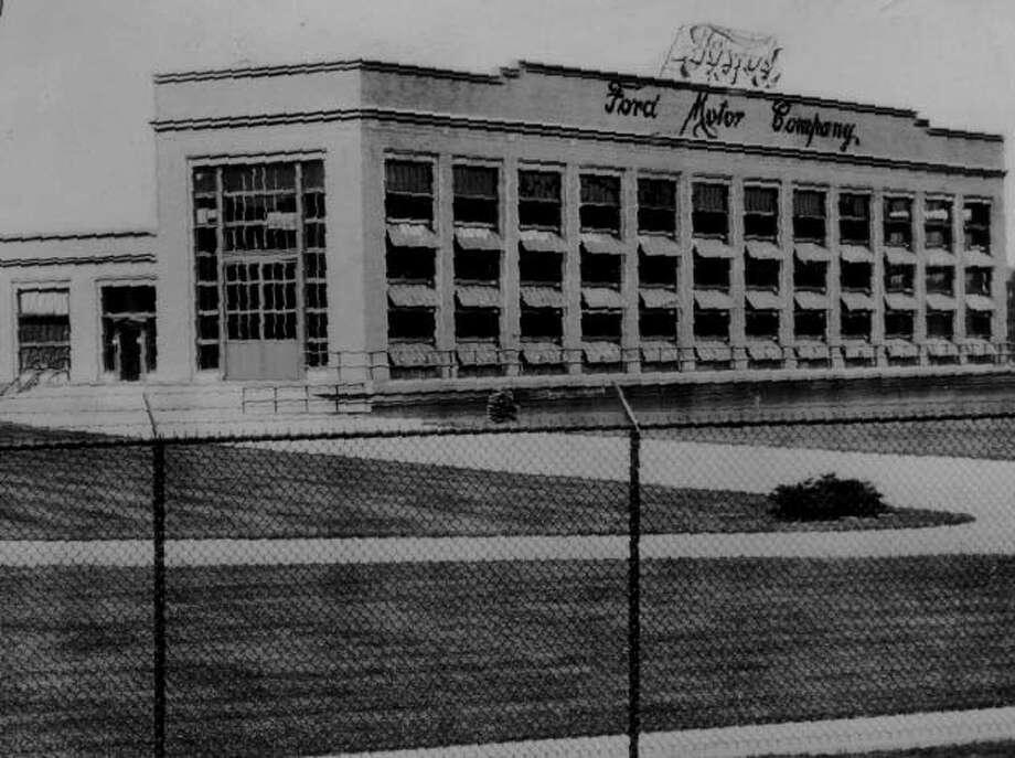 FORD--Ford Green Island plant. 11/27/1937. -11- Mcbride. Photo: None