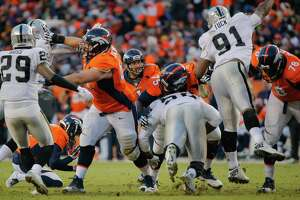 Raiders' 3-13 season comes to unmerciful end in Denver - Photo