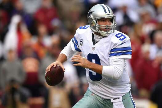 LANDOVER, MD - DECEMBER 28: Quarterback Tony Romo #9 of the Dallas Cowboys looks to pass against the Washington Redskins in the second quarter at FedExField on December 28, 2014 in Landover, Maryland. Photo: Patrick Smith, Getty Images / 2014 Getty Images