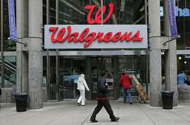Shareholders in the Walgreen chain approve of its takeover of British company Alliance Boots.