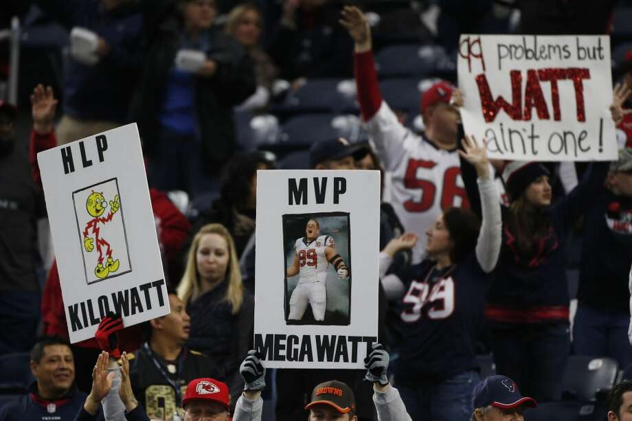 J.J. Watt is in the discussion for NFL MVP. The Texans star would be the first defensive player to win the award since 1986. Photo: Karen Warren, Houston Chronicle