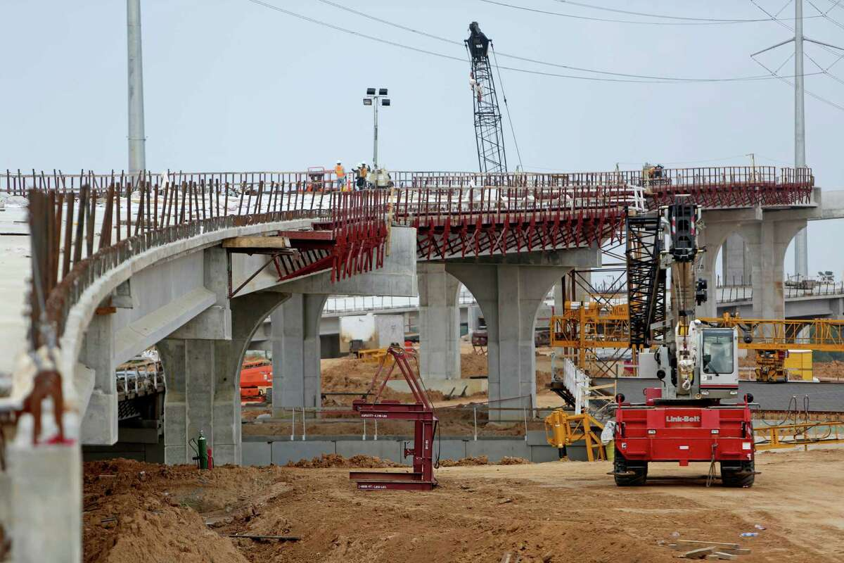A new 38-mile segment of the Grand Parkway will open in late 2015.