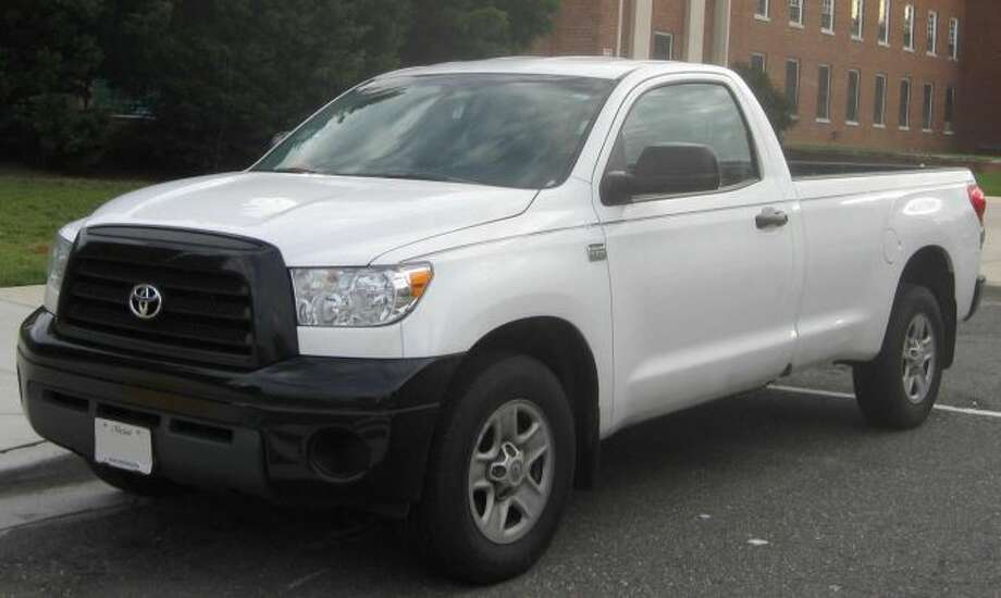 Police think a white 2007 Toyota Tundra, similar to the one pictured here, struck and killed a bicyclist on Soquel Avenue in Santa Cruz early on Dec. 26. The vehicle is likely to have damage to the right front side. Photo: Courtesy / Santa Cruz Police / ONLINE_YES
