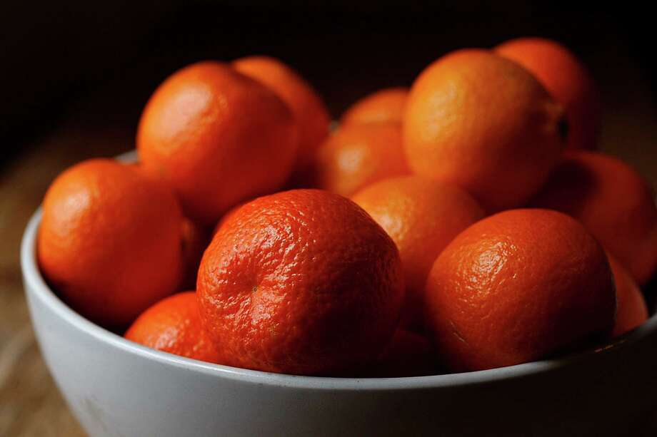 Clementines are tiny, tart yet just sweet enough to be a treat. Photo: Liz Hafalia / The Chronicle / ONLINE_YES