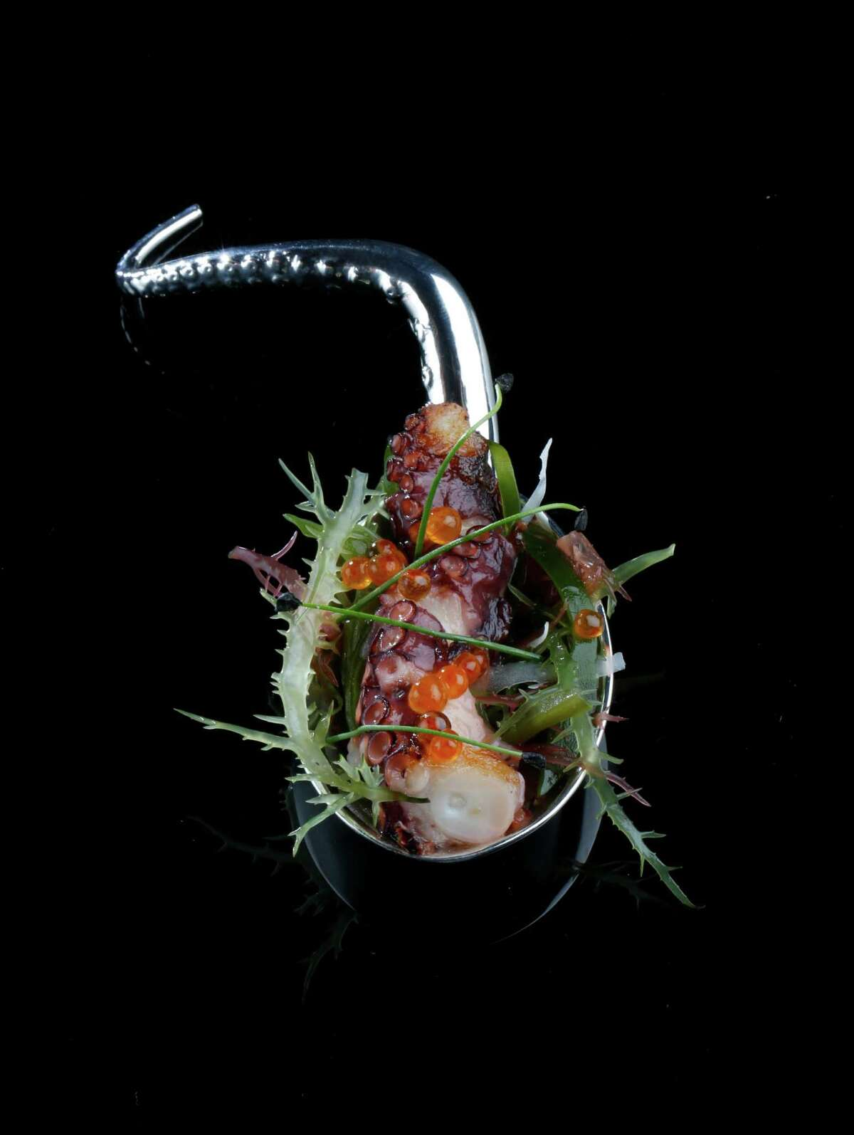 Octopus Spoon: The celebrated restaurant El Celler de Can Roca, which is also based in Spanish Catalonia, decided to go global and present a traveling dinner