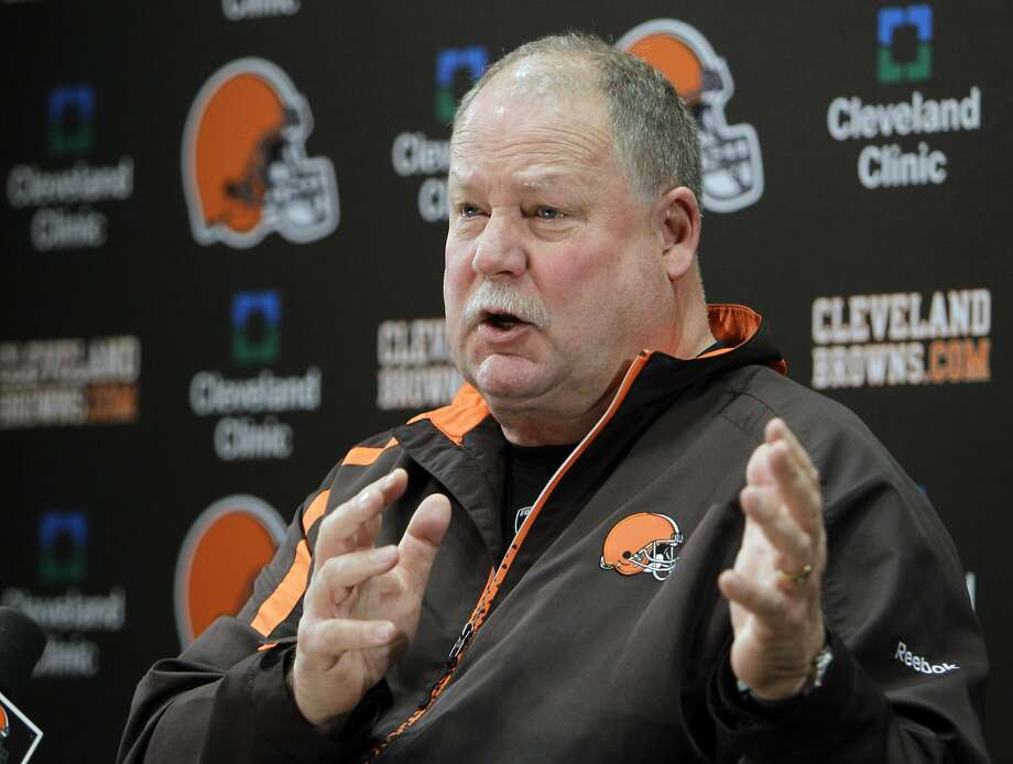 Cleveland Browns president Mike Holmgren speaks about quarterback Colt McCoy's concussion during a news conference at the NFL football team's headquarters in Berea, Ohio Wednesday, Dec. 14, 2011. Holmgren says McCoy was not checked for a concussion while he was on the sideline after helmet-to-helmet hit by Pittsburgh's James Harrison. (AP Photo/Mark Duncan) Photo: Mark Duncan, Associated Press