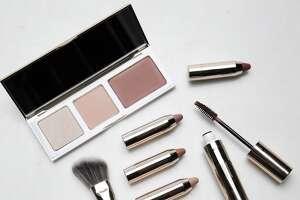 Sephora cosmetics Shimmering Marsala Cheek Trio, Marsala Layering Lip Collection and Bold Marsala Mascara & Brow Highlighter based on Pantone's Color of the Year.