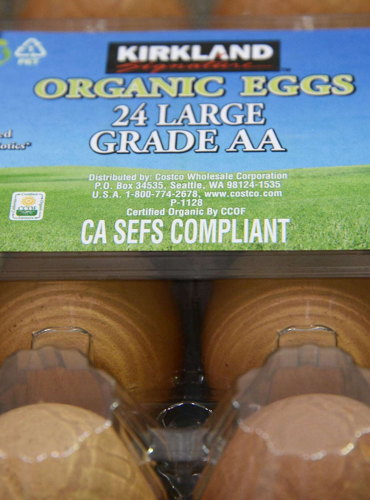 """Organic eggs with a """"CA SEFS Compliant"""" label are seen in Burbank, California, December 31, 2014. Starting January 1, a new regulation requiring all eggs sold in California to come from chickens that have a enough room to fully extend their limbs and turn around freely in their living space goes into effect. The label """"CA SEFS Compliant"""" stands for California Shell Egg Food Safety Compliant and indicates the eggs comply with the new regulation, the result of a voter initiative that passed with over 60 percent of the vote in 2008. AFP PHOTO / ROBYN BECKROBYN BECK/AFP/Getty Images"""