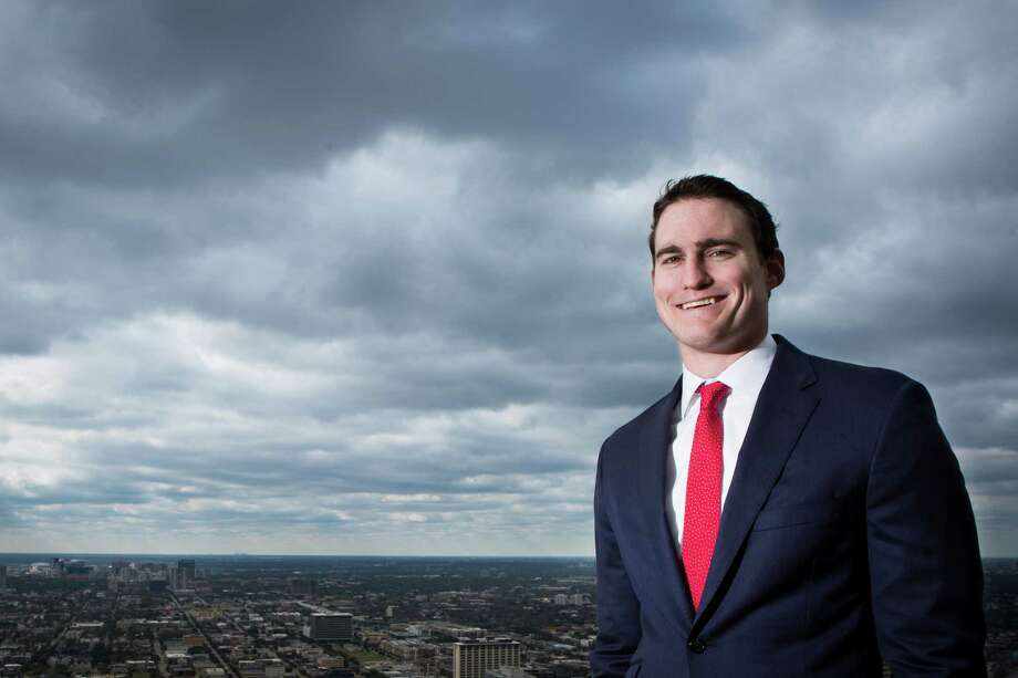 Attorney Brian Albrecht provided his services for free to a veteran who was in a fierce custody battle against his ex-girlfriend to keep Dixie, his 10-year-old yellow Labrador Retriever.  Photo: Marie D. De Jesus, Staff / © 2014 Houston Chronicle