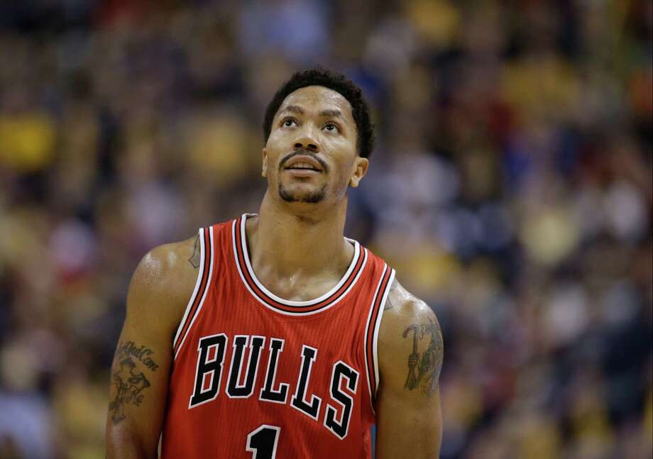 Chicago Bulls' Derrick Rose (1) in action during the second half of an NBA basketball game against the Indiana Pacers Monday, Dec. 29, 2014, in Indianapolis. Chicago defeated Indiana 92-90. (AP Photo/Darron Cummings) Photo: Darron Cummings, STF / AP